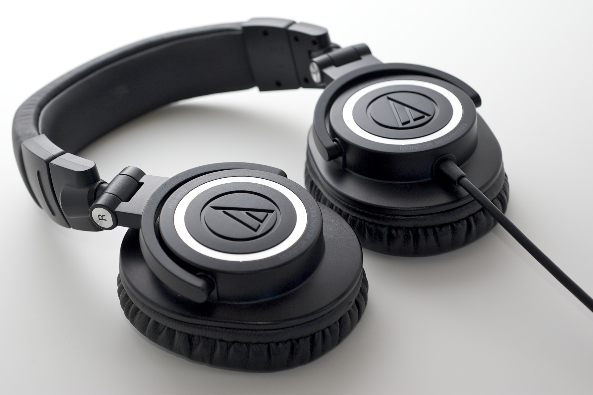 Audio-Technical-ATH-M50-headphones